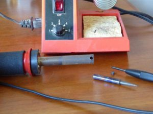 changing a soldering iron tip